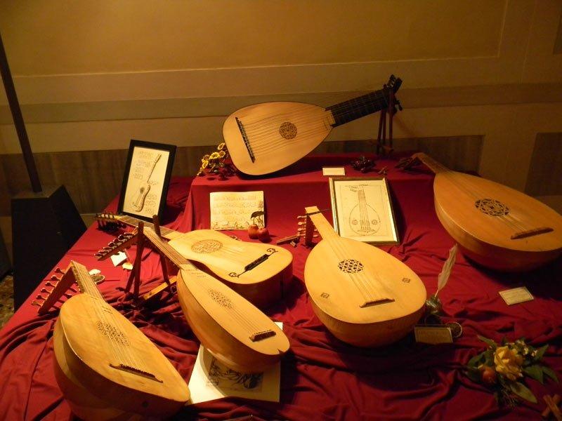 """""""Theatrum Instrumentorum"""" esposizione di strumenti musicali. Visita guidata aperta a tutti"""